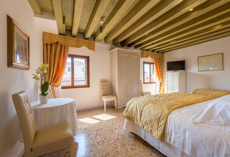 Ca' Cappellis, Veneetsia, Standard külaliskorter, 3 magamistoaga, 2 vannitoaga, Tuba