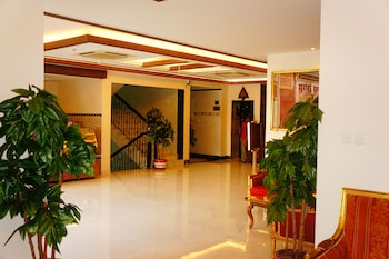 תמונה של Al Alya Hotel Rooms and Suites באל-מדינה