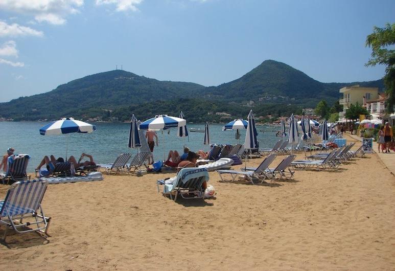River Studios & Apartments, Corfu Town, Pláž