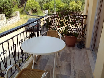 Picture of Katerina Apartments in Kalamata