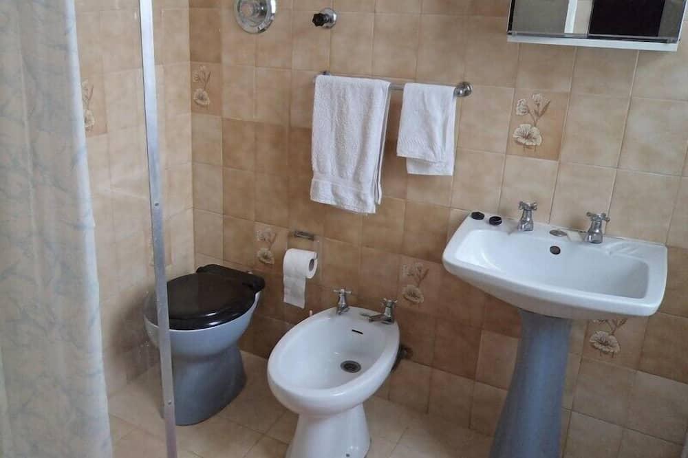 Standardna dvokrevetna soba, privatna kupaonica - Kupaonica