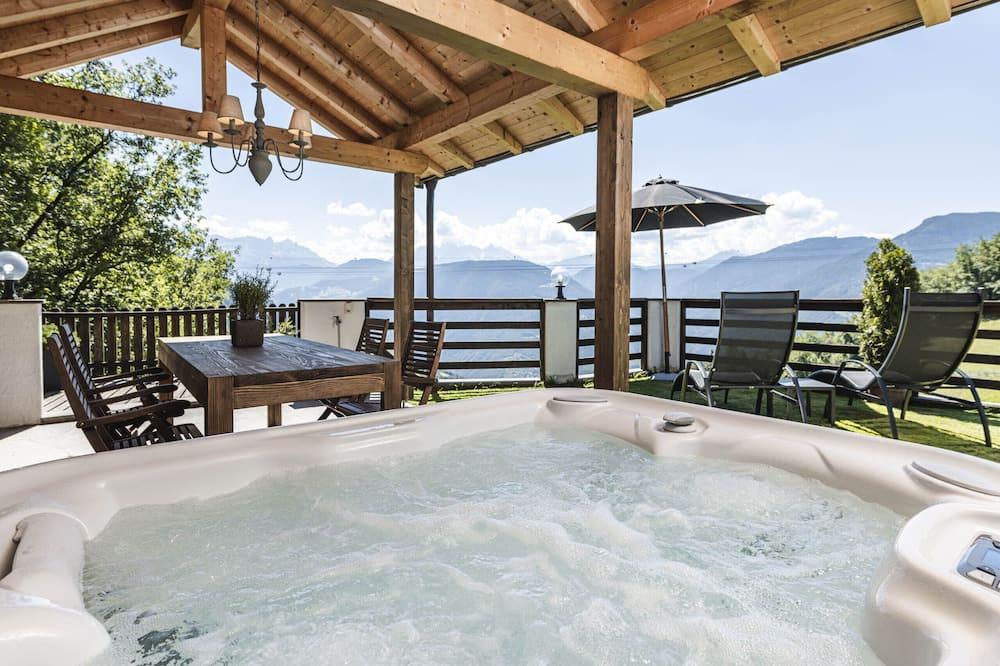 Deluxe planinska kuća - chalet, 1 spavaća soba, masažna kada, pogled na planinu - Privatna hidromasažna kada