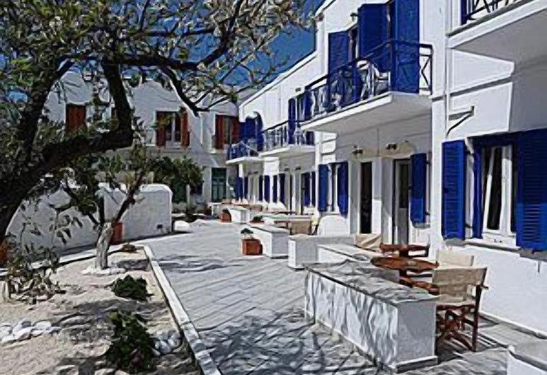 Captain Manolis Hotel, Paros, Terrace/Patio