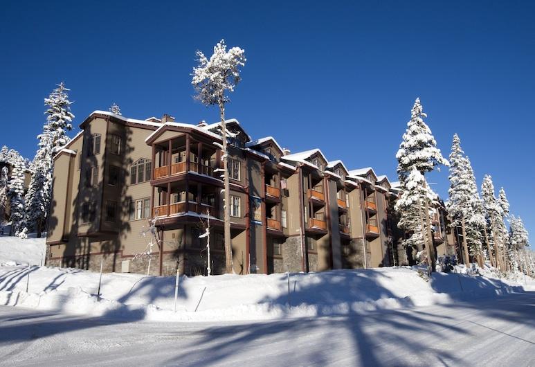 Kirkwood Resort, Kirkwood, Front of property