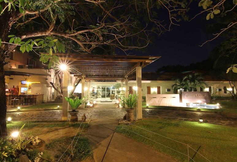Court Meridian Hotel and Suites, Olongapo, Hotel homlokzata