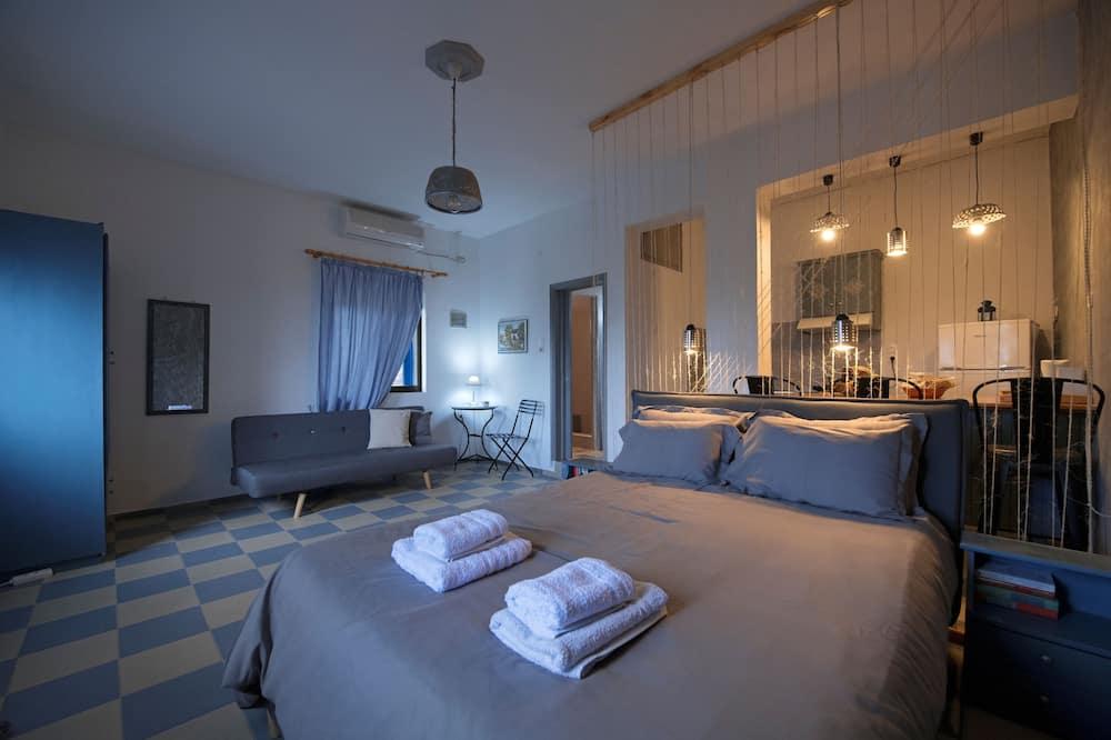 Junior Studio Suite, 1 Bedroom, Sea View - Living Area