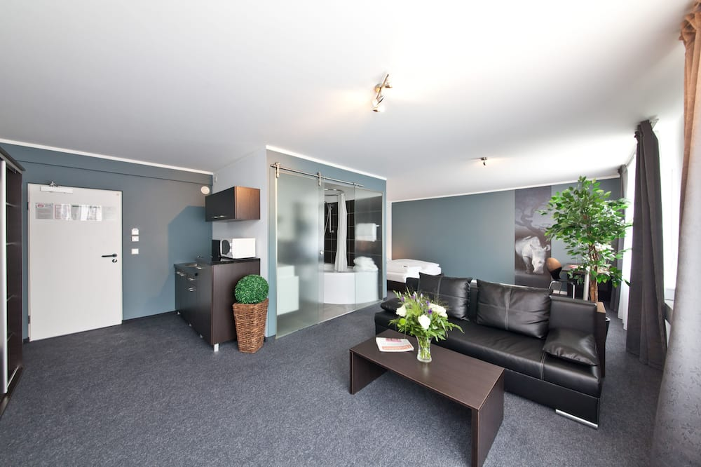 Business Comfort Double - Living Area