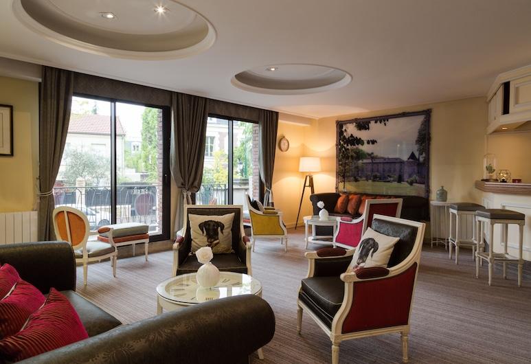 The Originals Boutique, Rueil Sur Seine, Rueil-Malmaison, Salón lounge del hotel