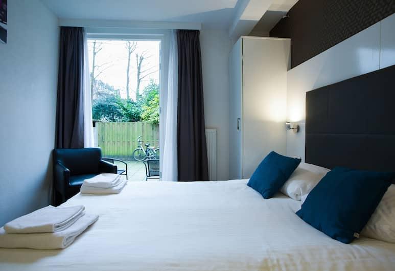 Hotel Vossius Vondelpark, Amsterdam, Double Room, Courtyard View, Annex Building, Guest Room