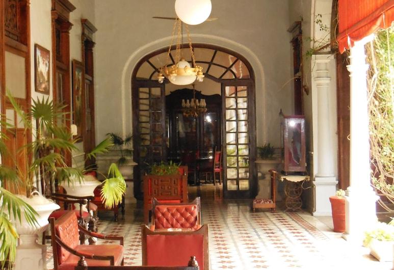 Hotel Posada Toledo, Mérida, Recepción