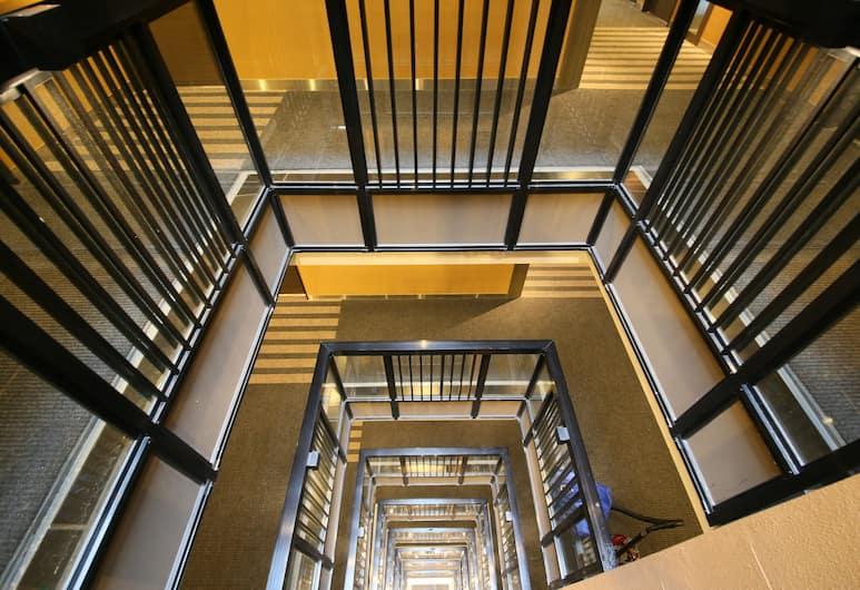APA Hotel Akihabara-ekimae, Tokio, Escaleras
