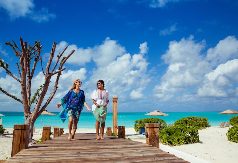 The Venetian on Grace Bay, Providenciales-sziget, Strand