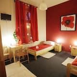 חדר לשלושה, חדר רחצה משותף - חדר אורחים