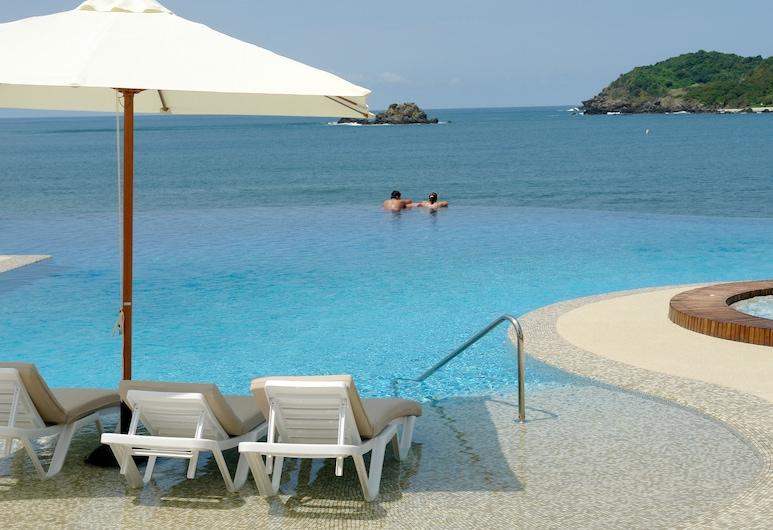 Azul Ixtapa Grand All Inclusive Suites & Spa, Ixtapa, Piscina Transbordante