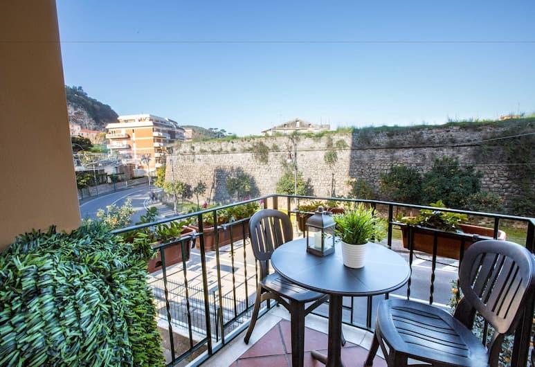 Bed & Breakfast degli Aranci, Sorrento, Economy Double Room with Kitchenette, Habitación