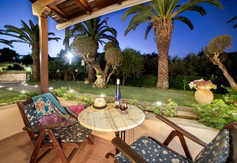 Villa Phoenix Apartments & Studios, Zakynthos, Speisen im Freien