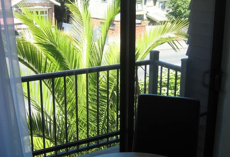 755 Regal Court, Dunedin, Standard Suite, 1 Bedroom, Non Smoking, Kitchenette, Balcony