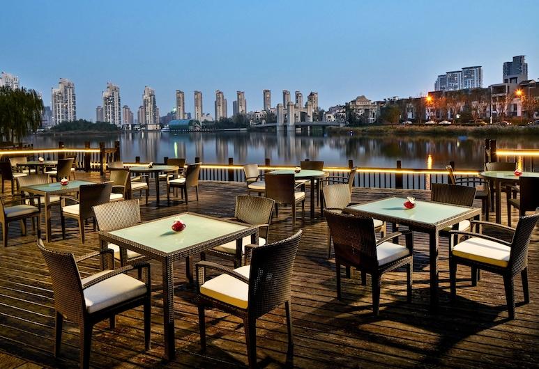 Crowne Plaza Tianjin Mei Jiang Nan, Tiandzinas, Restoranas