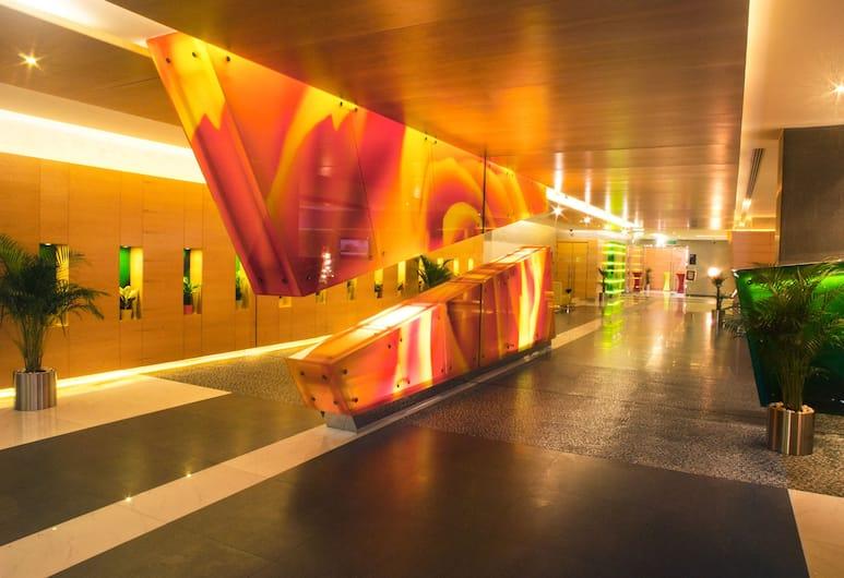 胡里行政飯店, 杜拜, 大廳