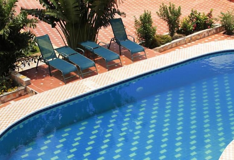 Grand Casamora, Accra, Outdoor Pool