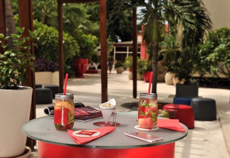 ibis Dakar, Dakar, Outdoor Dining
