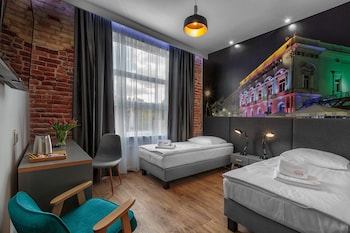 Picture of Aparts Bed & Breakfast in Lodz