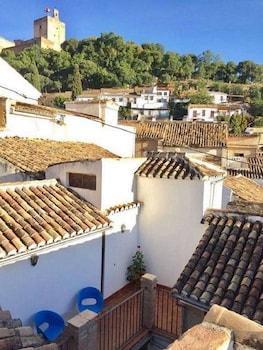 Picture of Suites Casa Cuesta del Agua Apartamentos in Granada