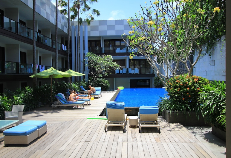Dekuta Hotel, Kuta, Hồ bơi ngoài trời