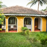 Traditional Double or Twin Room, 1 Double or 2 Single Beds - Balcony