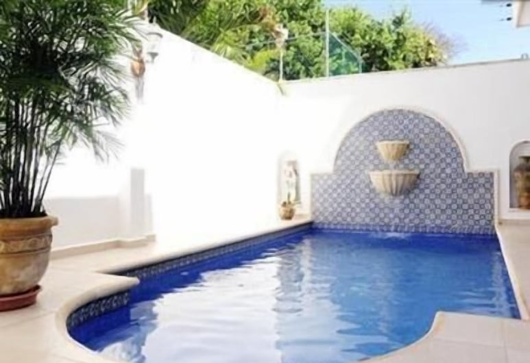 Home Away From Home - Cancun, Cancún, Piscina al aire libre
