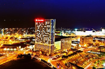 Picture of Crimson Hotel Filinvest City Manila in Muntinlupa