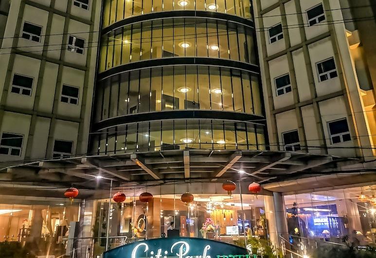 Citi Park Hotel, Cebu, Hotel Front – Evening/Night