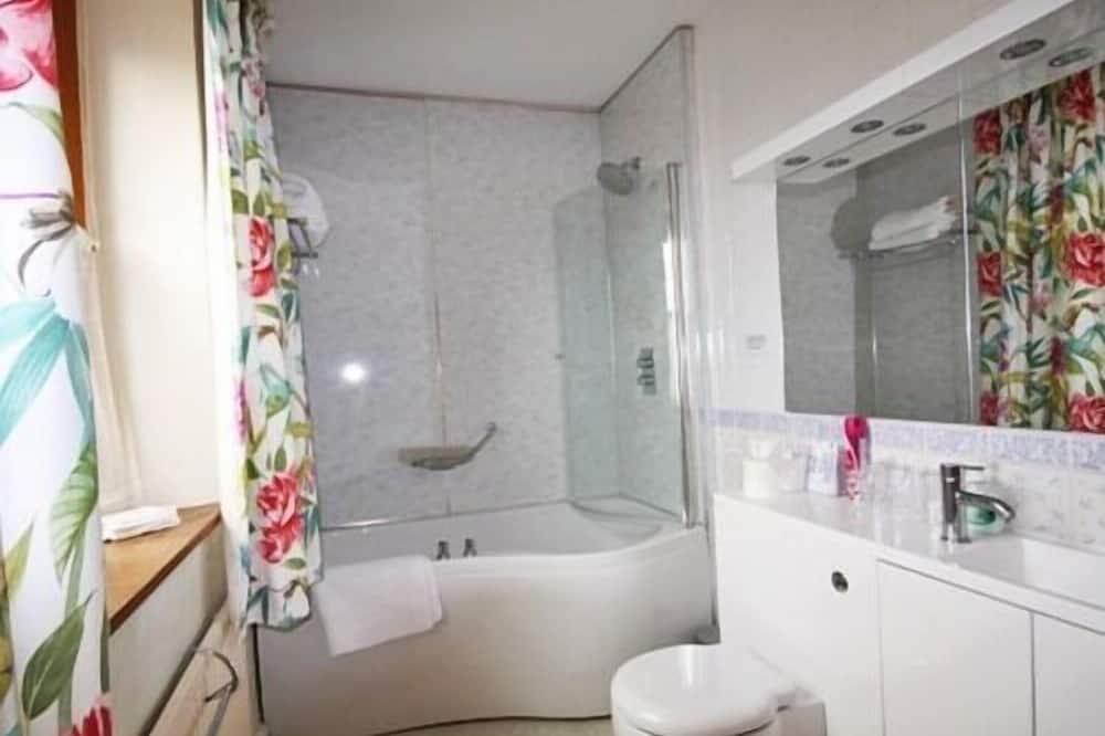Trojlôžková izba, vlastná kúpeľňa - Kúpeľňa