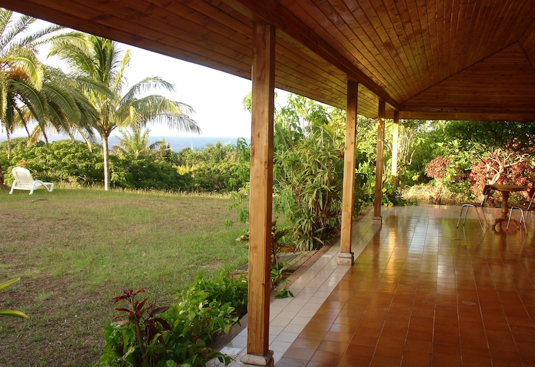 Hotel Victoria, Hanga Roa, Terrace/Patio
