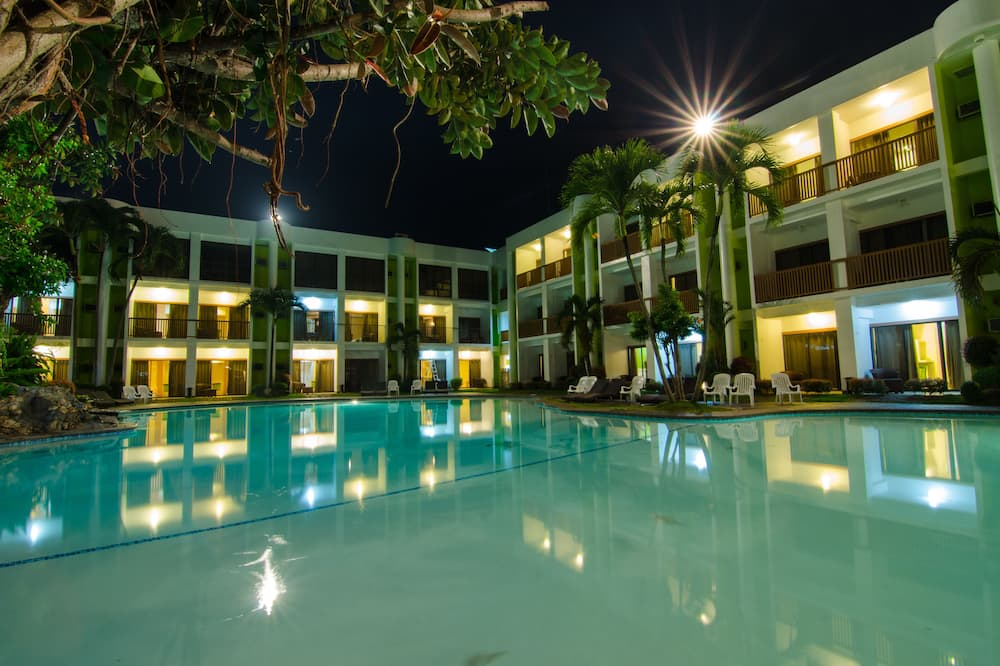 Apple Tree Resort and Hotel