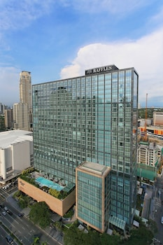 Picture of Raffles Makati in Makati