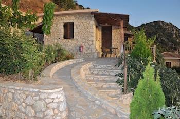 Picture of Georgia Villas in Lefkada