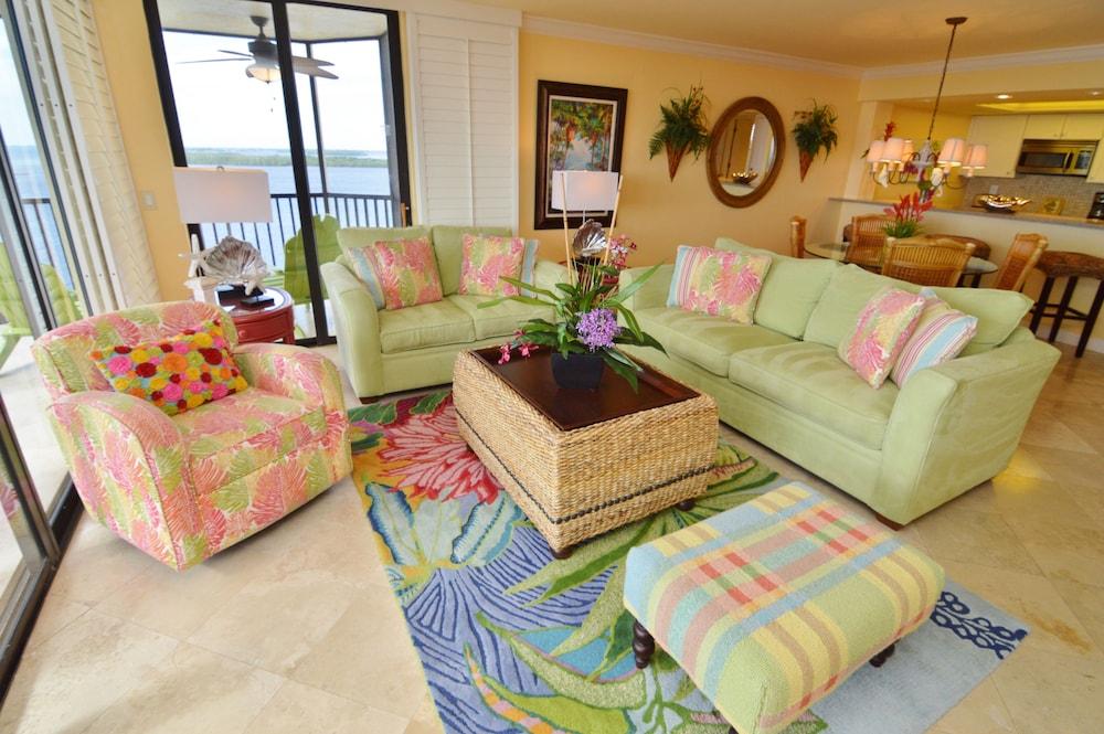 Resort Harbour Properties, Fort Myers