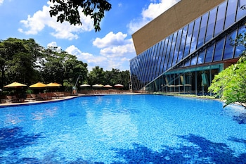 Shenzhen bölgesindeki Shenzhen Castle Hotel resmi