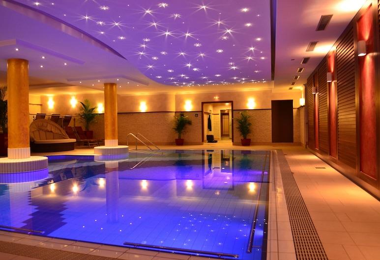 巴德比恩巴赫維奧飯店, 貝德比恩巴赫, 室內游泳池