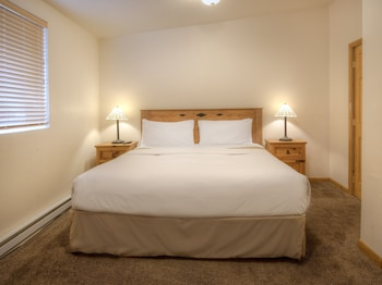 Picture of Elk Refuge Inn in Jackson