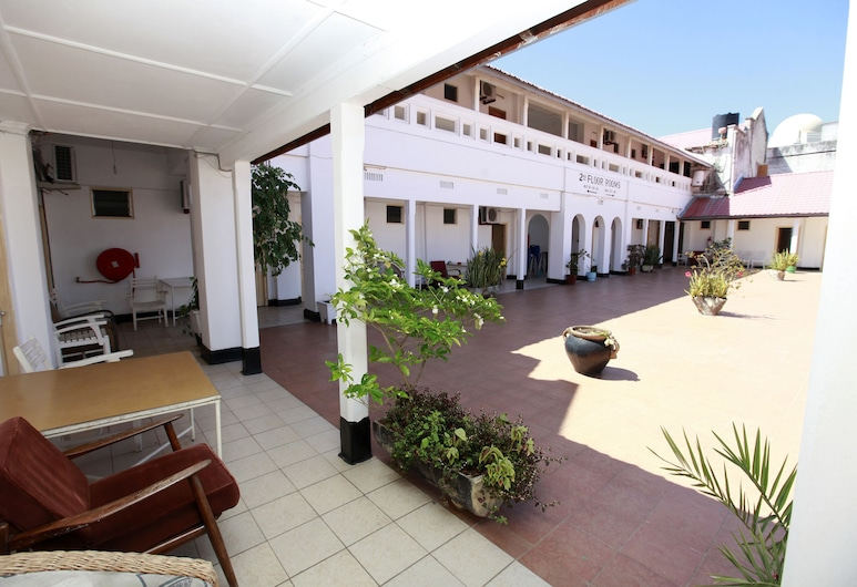 New Palm Tree Hotel, Mombasa