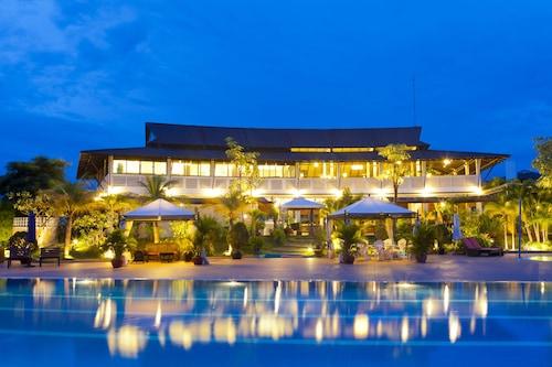 โรงแรมซีซีซี