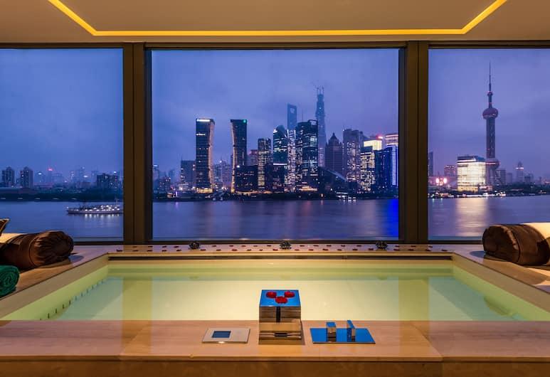 Banyan Tree Shanghai On The Bund, Shanghai, Bund Panorama Oasis with Romantic Pool, Guest Room