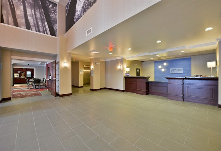 Holiday Inn Express Canandaigua - Finger Lakes, Canandaigua, Lobby
