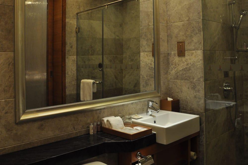 غرفة سوبريور لفردين - حمّام