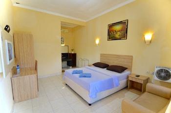 Senggigi bölgesindeki Transit Hotel resmi