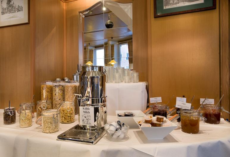 Hotel Greif Karlsruhe, Karlsruhe, Área para desayunar