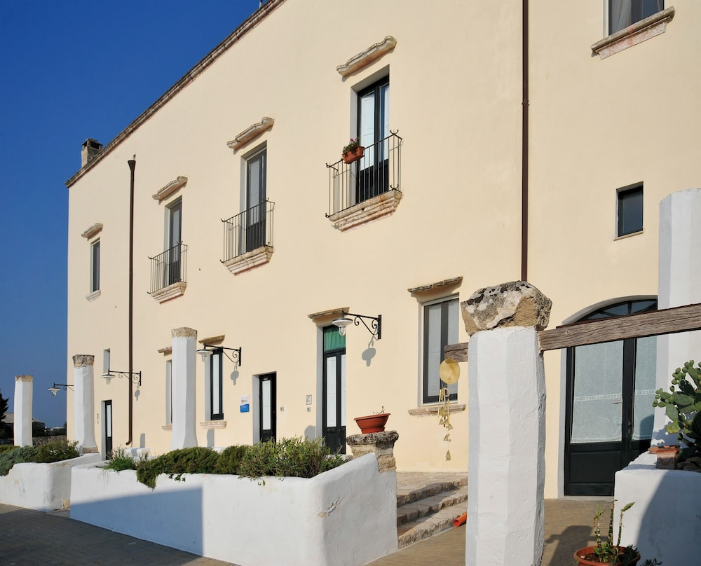 Villa Donna Isabella, Sannicola