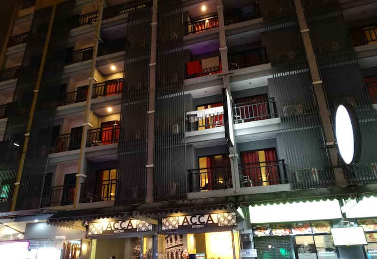 Acca Patong, Patong, Hotel Front – Evening/Night